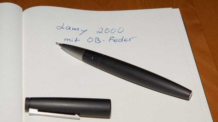 Der Lamy 2000 Kolbenfüller