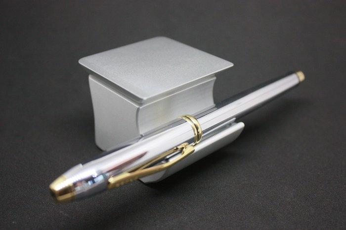 Der Pen Rest